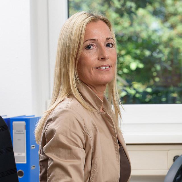 Karin Knefz